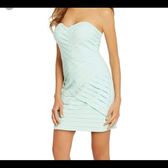 76e9c26bacda5 Gianni Bini Aqua fitted strapless dress